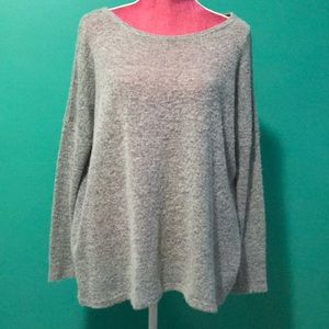 Piko style sweater top